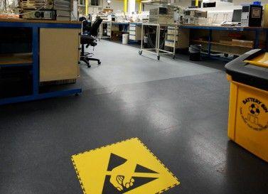 Der Industrieboden für spezielle Anforderungen: ESD Boden