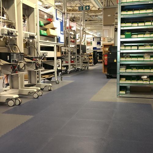 Industriefußböden bestehend aus Fliesen | Industriefussboden vom Hersteller Ecotile